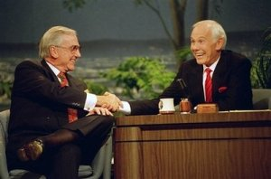 "Ed McMahon (left) shakes hands with Johnny Carson on their last ""Tonight Show"" together in 1992"